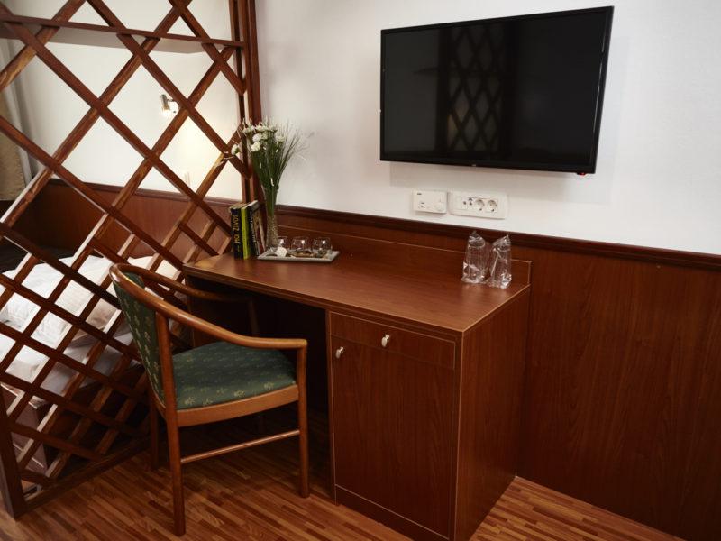 New Room 04